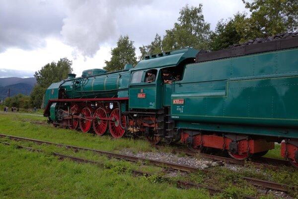 Táto lokomotíva má 85 rokov.