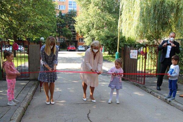 S novým školským rokom sa dočkali škôlkári vynovenej materskej školy.