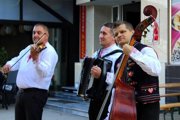 Šuriansky Candrbál ukončil tohtoročné kultúrne leto.