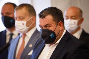 Advokát Ondrej Urban vystúpil aj na tlačovej konferencii Sme rodina, na ktorej v utorok Boris Kollár obhajoval postup Generálnej prokuratúry.