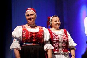 Anka Poráčová (vľavo) a Monika Kandráčová.