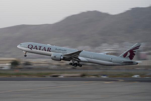 Lietadlo počas odletu z letiska v Kábule.