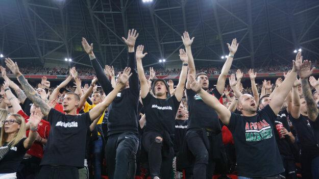 Maďarskí fanúšikovia počas zápasu Maďarsko - Anglicko.
