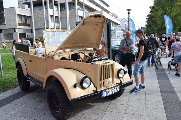 Tento GAZ patrí Jánovi Dianovskému z Malého Čepčína. Na podujatí Stredom Európy mal premiéru.