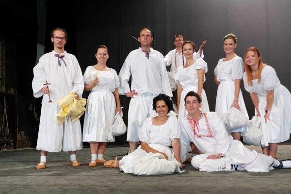 Zvolenskí divadelní ochotníci.