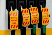 Viaceré čerpacie stanice sú stále zatvorené.