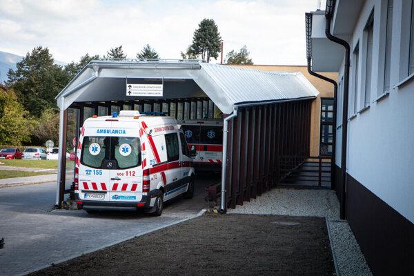 Nemocnica v Liptovskom Mikuláši práve dostavala urgentný príjem.