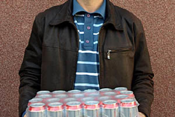 Pre kartón piva Corgoň od spoločnosti Heineken si prišiel víťaz 9. kola Peter Bajla z Novej Vsi nad Žitavou.