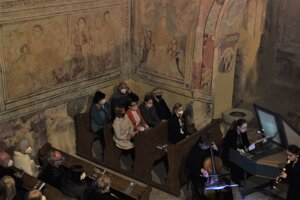 Kostol v Kraskove je známy svojimi zachovalými stredovekými maľbami. Tentokrát zažil jedinečný koncert.