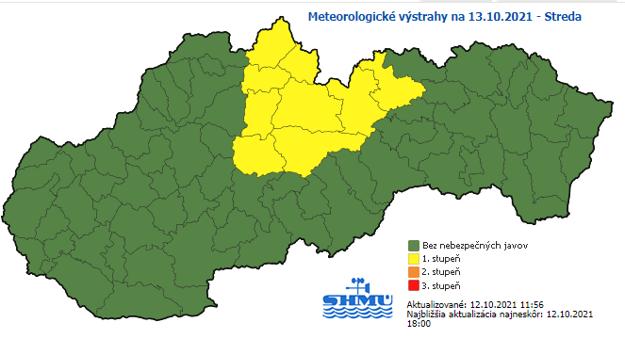 Okresy Kežmarok a Poprad sú na mape prvé dva žlté sprava.