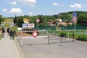 Most cez rieku Krupinica je v nevyhovujúcom stave.
