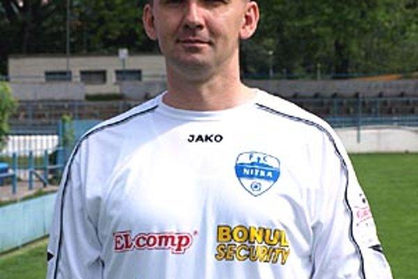 Masér-fyzioterapeut Marián Drinka, ktorý pôsobí aj pri futbalovej reprezentácii, pri mužstve FC Nitra skončil.