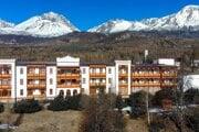 Sanatórium Dr. Guhra v Tatranskej Polianke sa špecializuje na respiračné ochorenia.