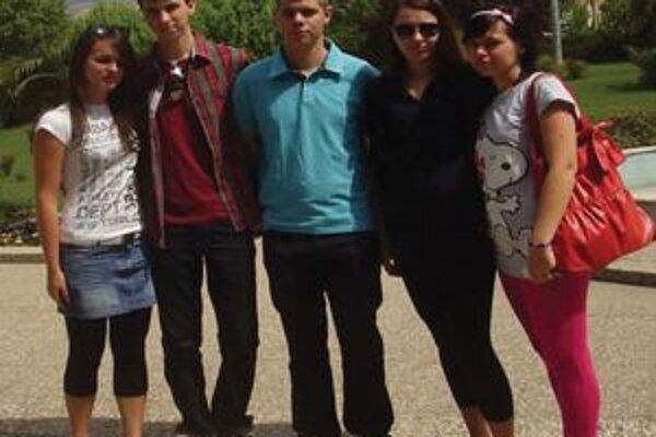 Študenti Obchodnej akadémie v Nitre.