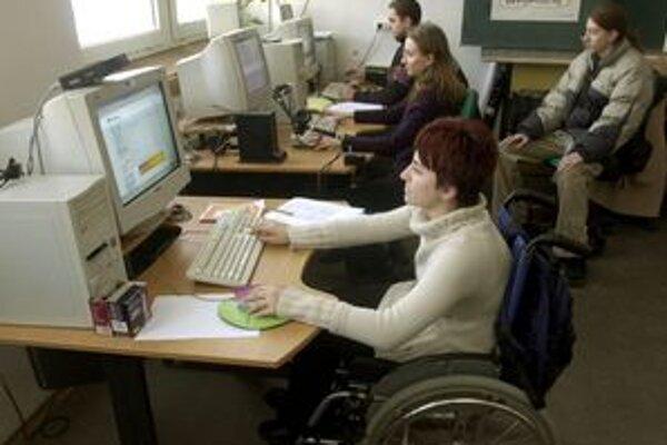 Klub starostov plánuje zamestnať ďalších postihnutých.