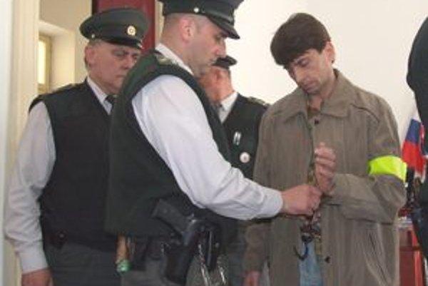 Expolicajt František Barnáš dostal 25 rokov. Rozsudok je už právoplatný.
