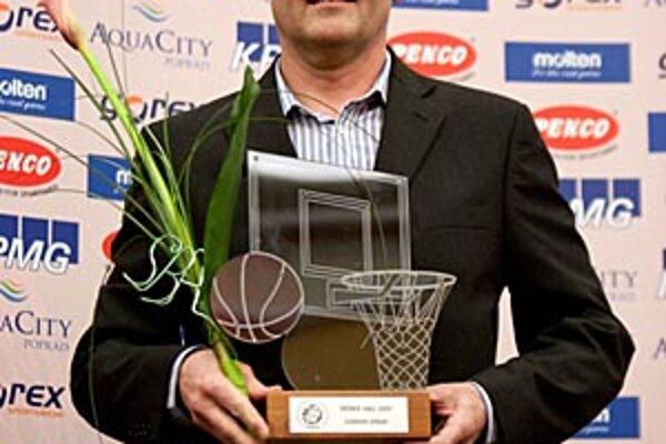 Ľubomír Urban dostal cenu pre najlepšieho trénera za rok 2009.