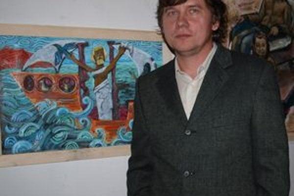 Kurátor výstavy Pavol Bebjak sa prezentuje najmä obrazmi s náboženskou tematikou.