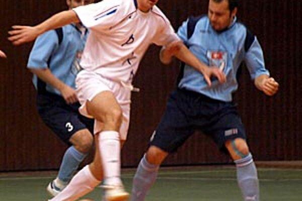 Futsalisti MFsK získali cenné body v boji o prvú osmičku.
