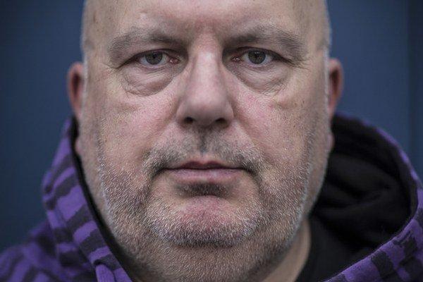Debutoval v roku 1991 románom Rivers of Babylon, neskôr vyšli dve pokračovania. Spisovateľ Peter Pišťanek.