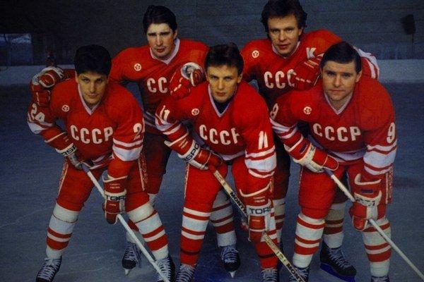Čo sa stalo s ruskými hokejistami, keď prehrali s americkými na olympiáde v Lake Placid, aj o tom hovorí hovorí film Red Army. Dnes o 19.00 h ho premietne MFF Bratislava v kine Nostalgia.