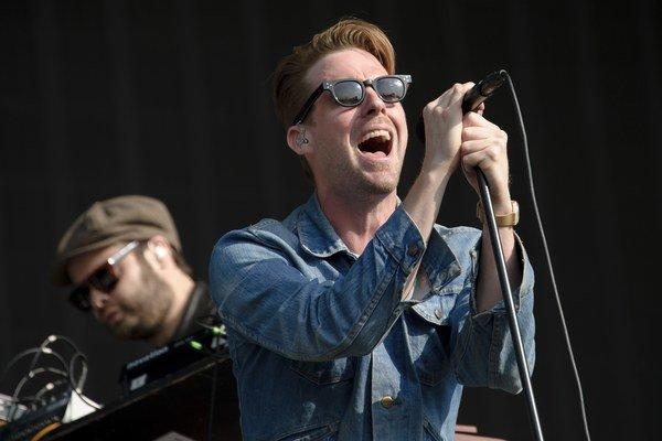 Aj Kaiser Chiefs trávia väčšinu leta koncertovaním. Pred pár dňami vystúpili na festivale v londýnskom Hyde Parku.