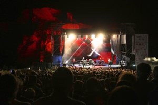 O divákov nemá akcia na Devíne núdzu, tento rok boli headlinermi Electric Light Orchestra.