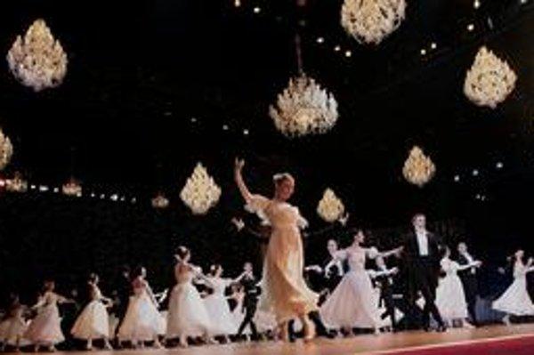 Vlaňajší Krištáľový ples v Slovenskom národnom divadle má ešte stále dozvuky.
