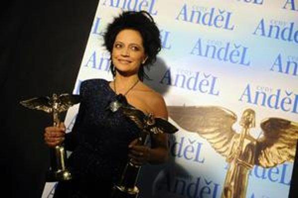 Speváčka Lucie Bílá je česká Slávica aj Anděl roka 2010.
