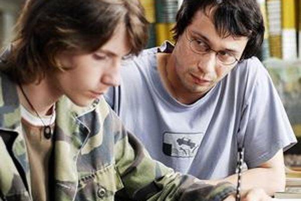 Venkovský učitel je jeden z prvých českých filmov, ktoré o homosexuáloch rozprávajú v pozitívnom svetle.