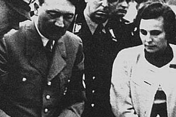 Adolg Hitler a Leni Riefenstahl.