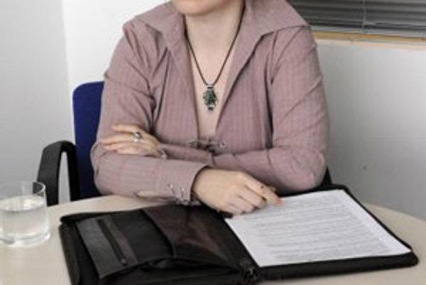 Petra Štefanková, slovenská ilustrátorka a grafická dizajnérka žijúca v Londýne.