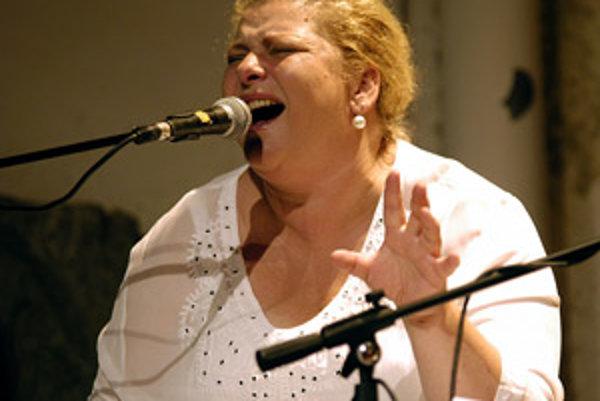 Speváčka Ida Kelarová.