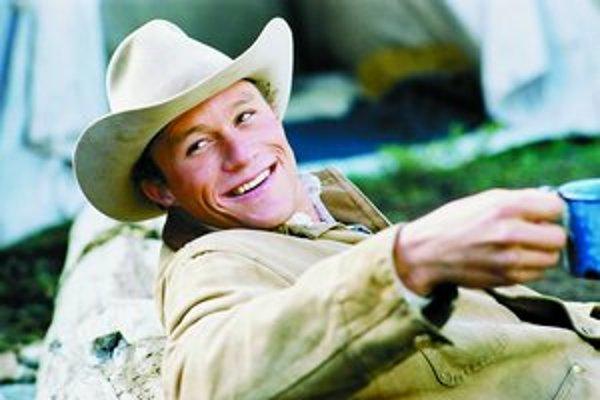 Za úlohu kovboja v Skrotenej hore Heatha Ledgera nominovali na Oscara. V New York Times napísali, že sa svojím výkonom vyrovnal aj Marlonovi Brandovi či Seanovi Pennovi.