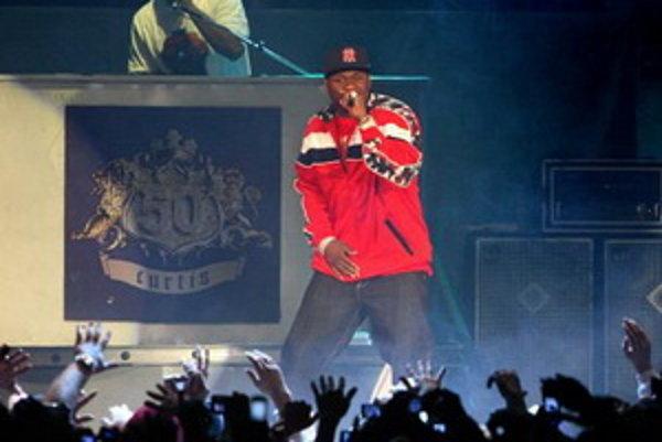 Koncert 50 Centa (v červenom) v NTC. Bratislava, 20. november 2007.