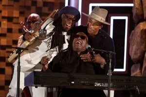 Nile Rodgers, Stevie Wonder a Pharrell Williams.