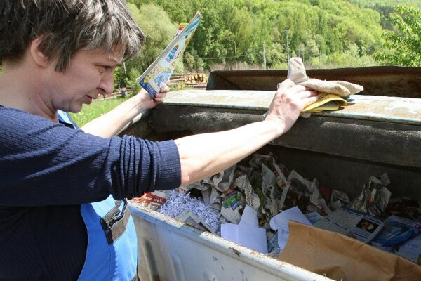 Po novom budú Nováčania zhodnocovať odpad z kuchyne kompostovaním.