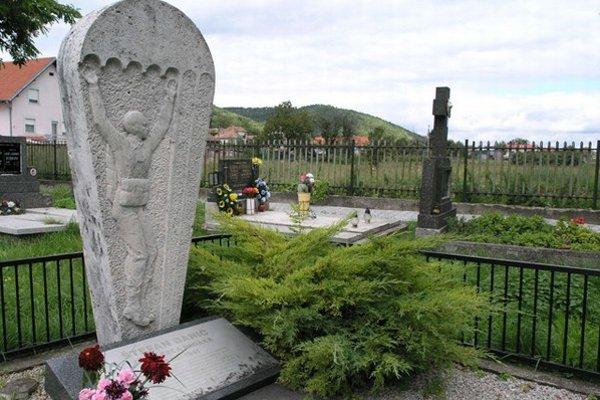 Na Štefana Baniča v rodnej obci nezabudli, má tu pomník aj pamätnú tabuľu na rodnom dome