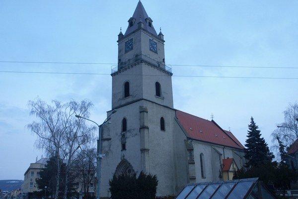 Priestor pri Kostole sv. Michala sa premení na trhovisko.