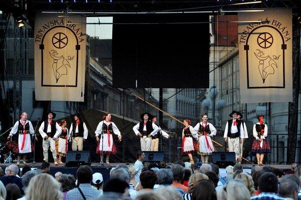 Trnavská brána neskalmala, opäť ponúkla bohatý kultúrny program.