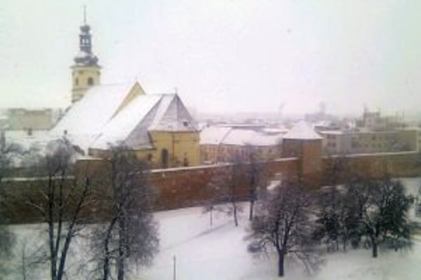 Sneženie sa má vrátiť dnes popoludní.