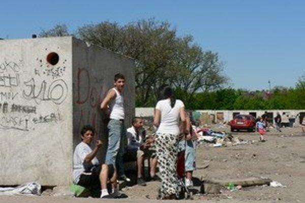 Rómovia z Coburgovej ulice. Sťahovanie im nehrozí.