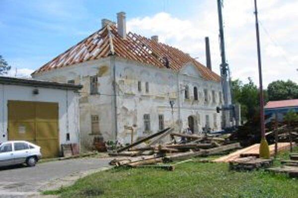 Rekonštrukčné práce na historickej budove prebiehali od roku 2008.