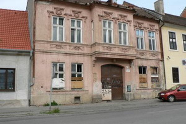 Na predaj ponúkala radnica minulý rok aj objekt, v ktorom sídlila Jelínkova tlačiareň.