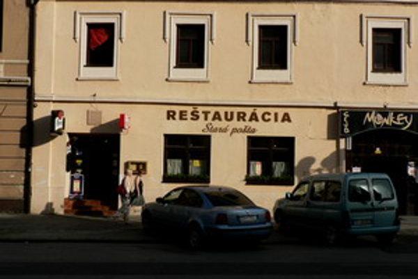Stará pošta. Reštaurácia odkiaľ podnikateľa uniesli.