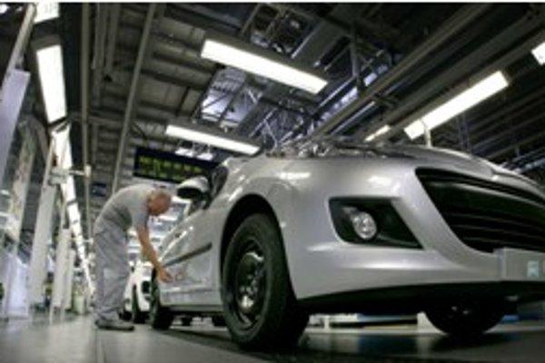 V trnavskej automobilke sa popoludňajšie zmeny do 9. apríla predlžujú o hodinu.