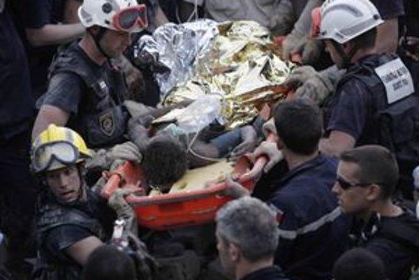Na Haiti pomáhajú aj slovenskí záchranári, vrátiť domov sa majú v sobotu.