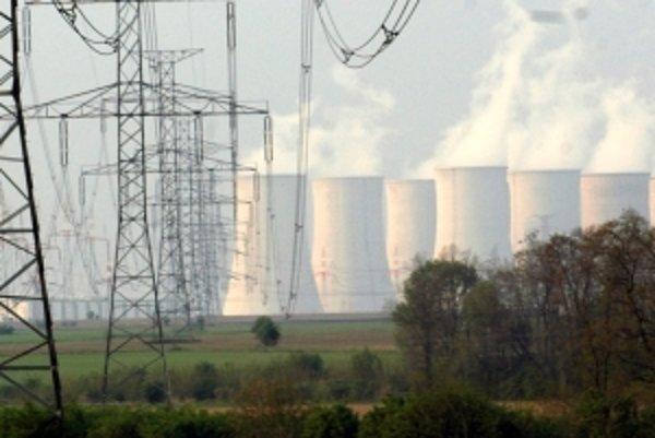 Káble sa z areálu elektrární nedostali, boli v nevyužívanom sklade.