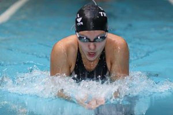 Z juniorskej kategórie má plavkyňa Dominika Glozmeková celý rad ocenení.