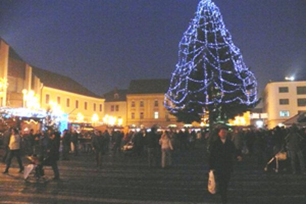 Vianočné trhy v Trnave sa v tomto roku zaobišli bez hlásených krádeží či výtržností.